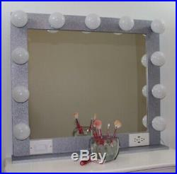 GLITTER HOLLYWOOD STYLE LIGHTED VANITY MAKEUP MIRROR, 32 x 28