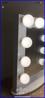 Hollywood Iconic Vanity Mirror Frosted LED Bulbs