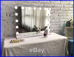 Hollywood Vanity Mirror with LightsProfessional Makeup Mirror & Light NEW