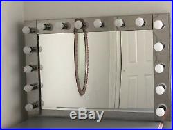 Vanity Hollywood Makeup Mirror with 16 LED Lights, 45.5 × 31x 6, Large